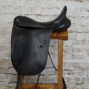 Sankey Saddlery Dressage Saddle